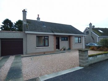 10 Mount Melville Crescent, Strathkinness KY16 9XS