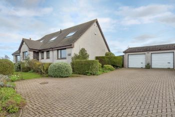 Briarmount, 50 High Road, Strathkinness, KY16 9XU