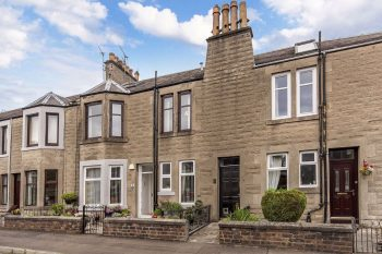 8 Balmoral Place, Leven KY8 4RQ