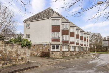 12 Abbey Court, St Andrews KY16 9TL