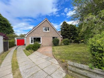 12 Learmonth Place, St Andrews KY16 8XE