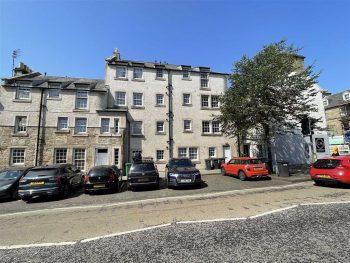 6 Abbey Street, St Andrews KY16 9LA